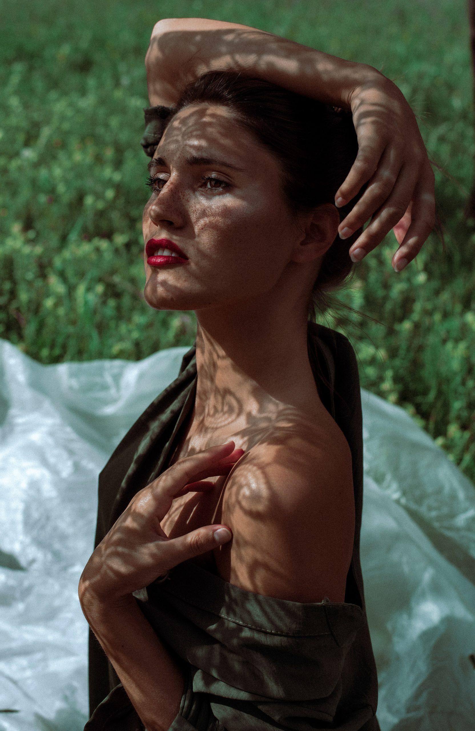 Categorie: Boudoir & Nude, Fine Art, Glamour, Portrait; Photographer: ANNA D'AGOSTINO; Models: AGATA CARRARO, ALICE SergeantIce, CAMILLA SAVALLI, CHIARA PICCIN, FRANCESCA PELLEGRINI (Stella di Plastica), JULIETA BERTUZZI, MAMIKI NHAMPOSSE, MILENA BORTOT; Location: Belluno, BL, Italia