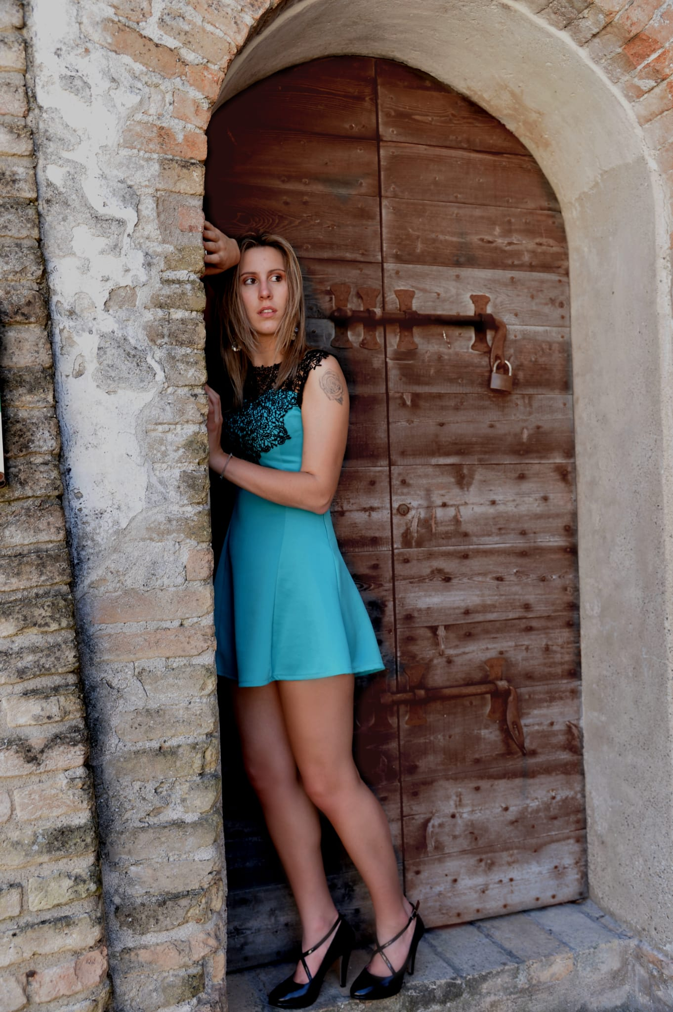 Categorie: Fashion, Glamour, Portrait, Street; Photographer: SERGIO RUSTICI; Model: MARTYNA COSTA; Location: Borghetto, Valeggio sul Mincio VR, Italia
