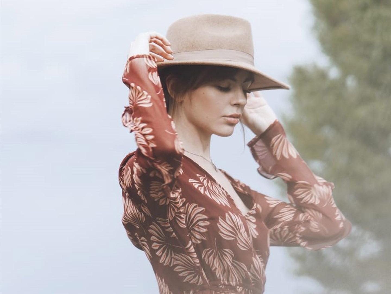 Categorie: Fashion, Glamour, Portrait - Photographer: SERENA PIRREDDA - Model: MIMI - Location: AZIENDA VITIVINICOLA FRATELLI FACCHINO, Rocca Grimalda, AL, Italia