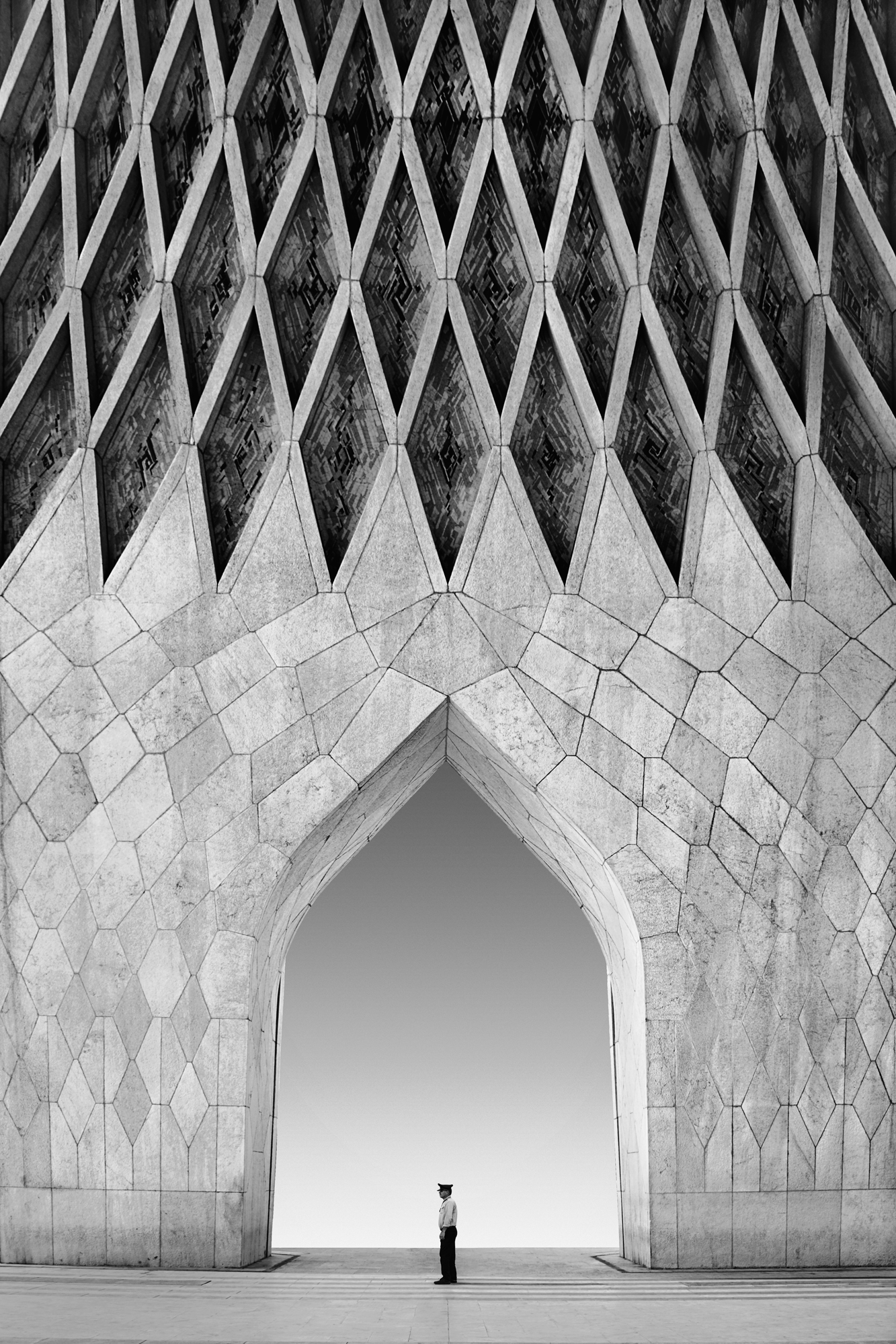 Categorie: Architecture & Interior, Fine Art, Street - Photographer: MOHAMMAD DADSETAN - Location: Iran, Tehran