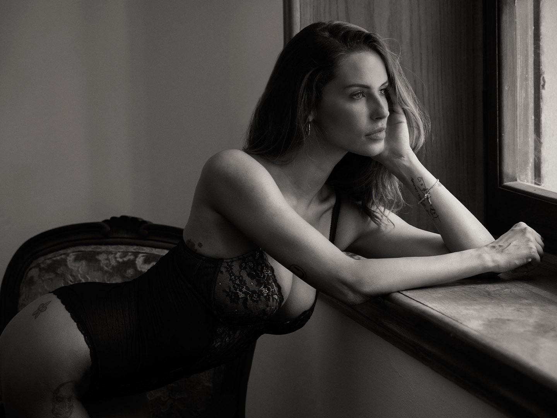 Categorie: Boudoir & Nude, Glamour, Portrait - Photographer: AMBROGIO CIOPPA - Models: BOBONCO, CARLOTTA ADACHER, MIRIAM BELLUCCI, MISS MARIKA - Workshop di CARMILLA RED - Location: Firenze, FI, Italia
