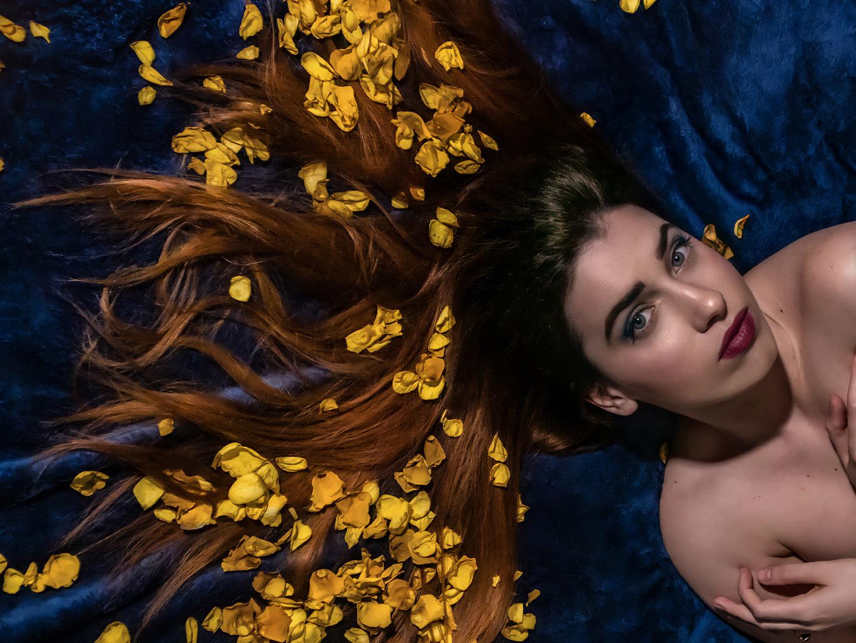 Categorie: Fine Art, Glamour, Portrait - Photographer: LUCA ESPOSITO - Model & Mua: NAOMI FRANCESE - Location: Napoli (NA), Italy