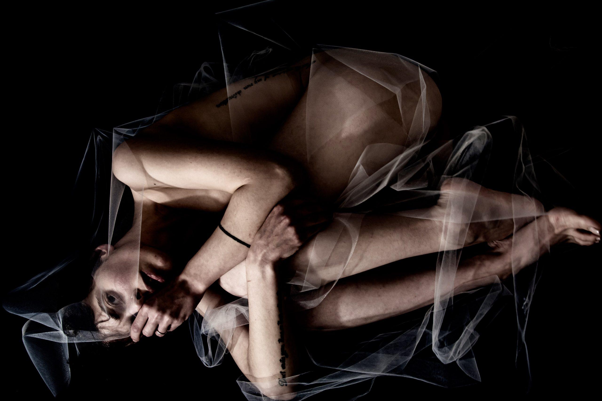 Categorie: Boudoir & Artistic Nude, Fashion, Fine Art, Glamour, Portrait - Ph. & Model: LuceNuda - Models: JESSICA PADUANO & HERMES PRENCIPE - Location: Chieti, CH, Italia