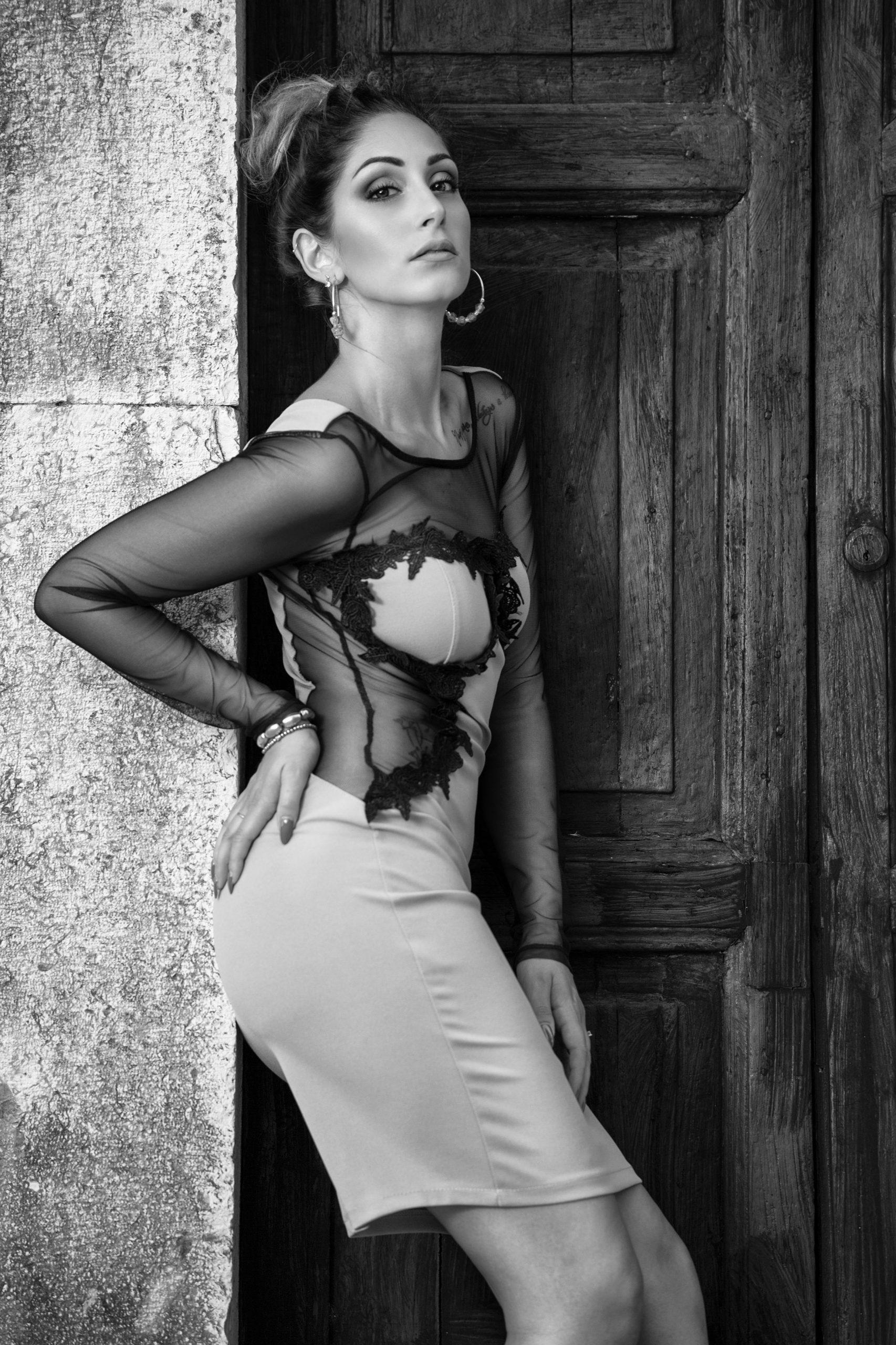 Categorie: Glamour, Portrait, Fashion - Photographer: FRANCO FASCIOLO - Model & Mua: VERONICA CAMPOGIANI - Location: Labro, RI, Italia