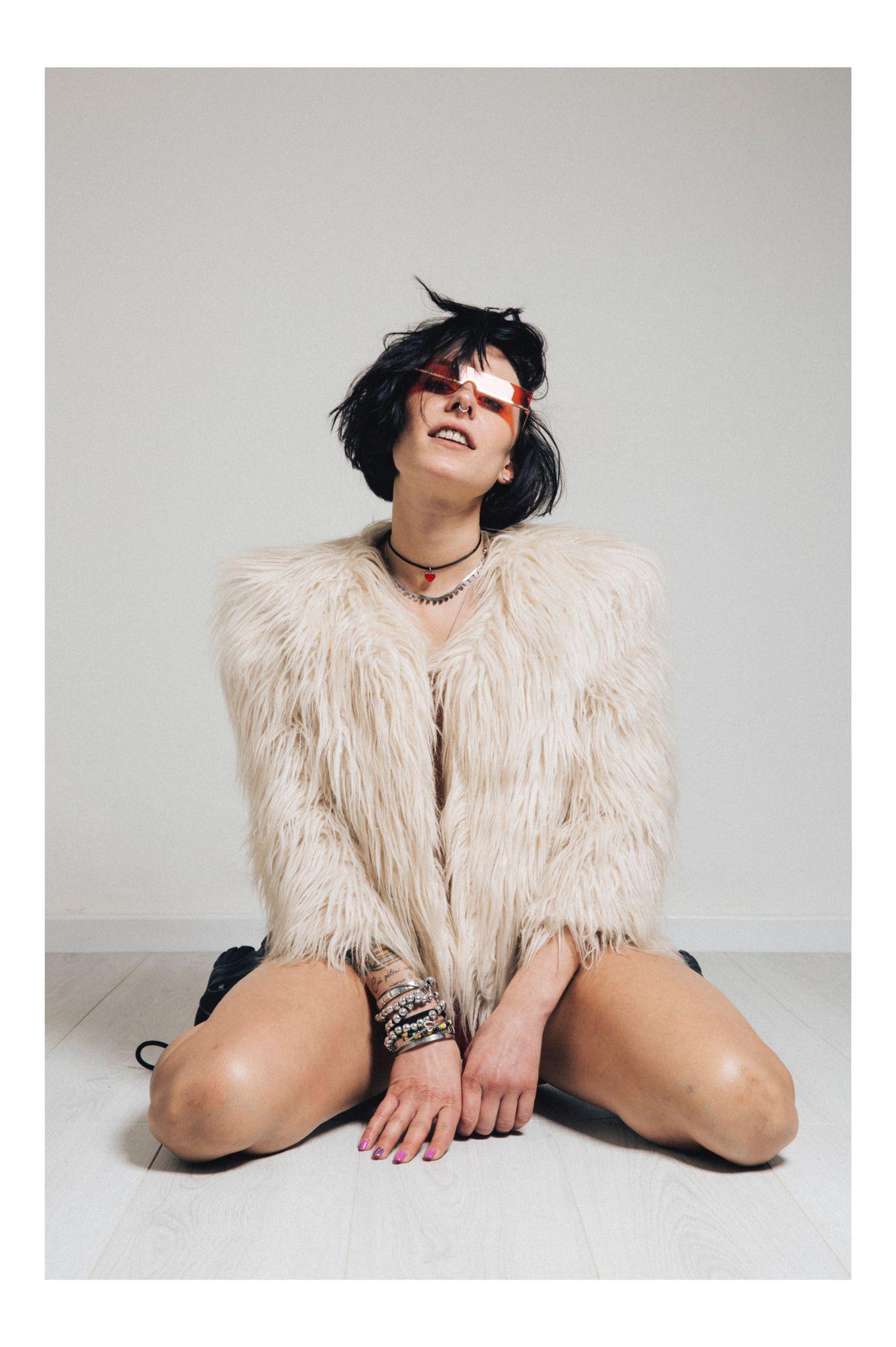 Categorie: Boudoir & Artistic Nude, Fashion, Glamour, Portrait - Model: EVA PIZZINGA - Photographers: LORIS GONFIOTTI & DARIO D'ANDREA - Mua: FRANCESCA PICCOLO - Location: Firenze, FI, Italia