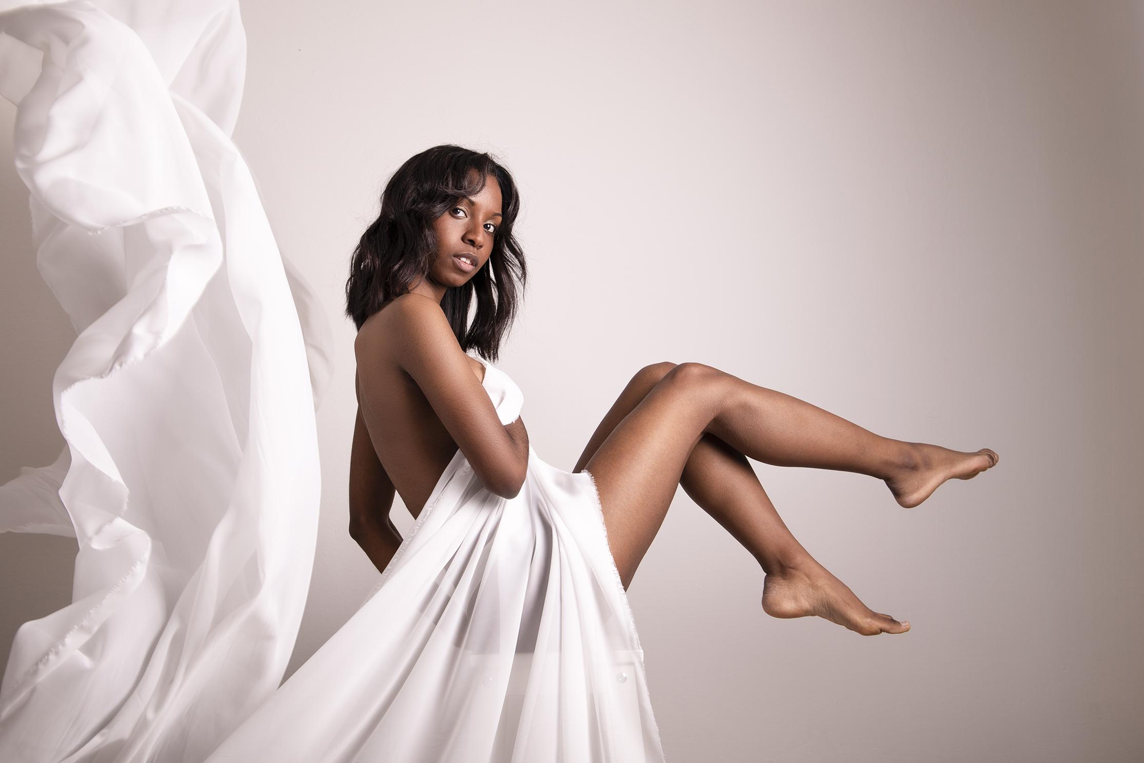 Categorie: Boudoir & Nude, Glamour, Portrait - Photographer: CHIARA LAZZARI - Model: VANESSA FRIZZO - Location: Padova, PD, Italia