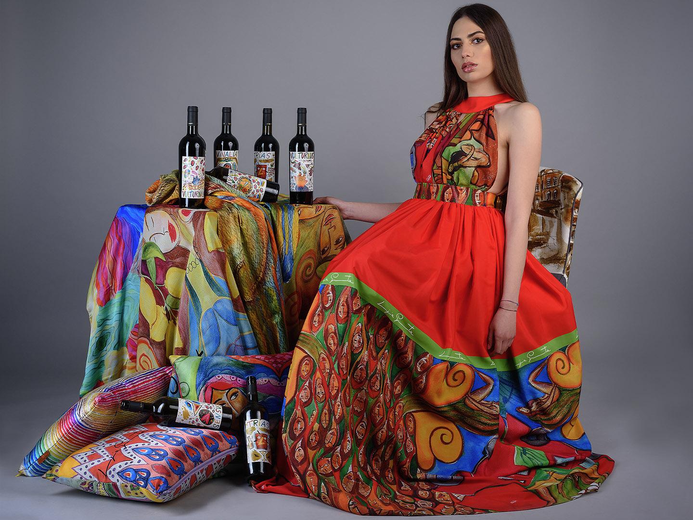 Categorie: Fashion, Glamour, Portrait, Fine Art - Ph. Francesco Scalzo - Model: Francesca Riccio - Fashion Designer: Luigi Granada - Mua: Eva Marzocchi - Stilyst: Giada Falcone - Location: Cosenza