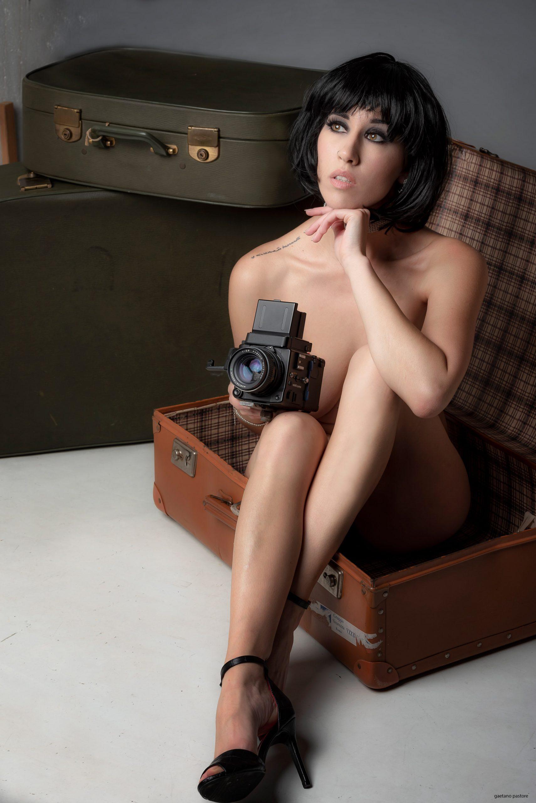 Categorie: Glamour, Portrait - Photographer: GAETANO PASTORE - Model & Dancer: AGNES VS JULIE - Location: Roma