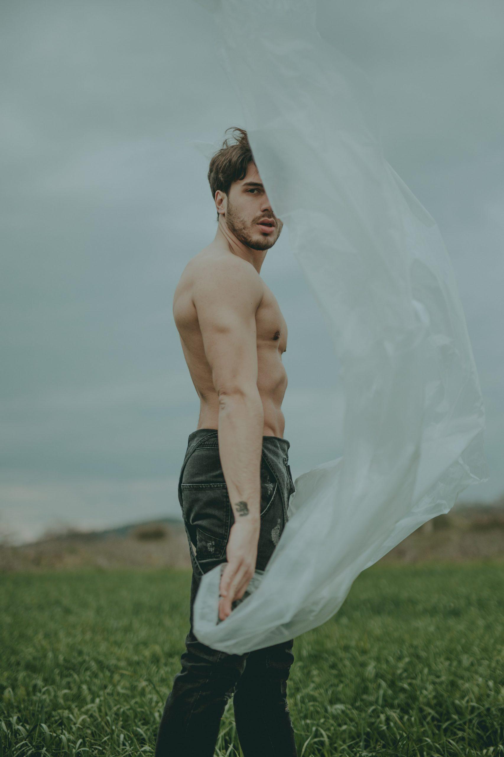 Categorie: Boudoir & Artistic Nude, Fine Art, Glamour, Portrait- Photographer: UMILE LIONETTI, - Model: ANDREA SANSEVERINI - Location: Bisignano, CS, Italia