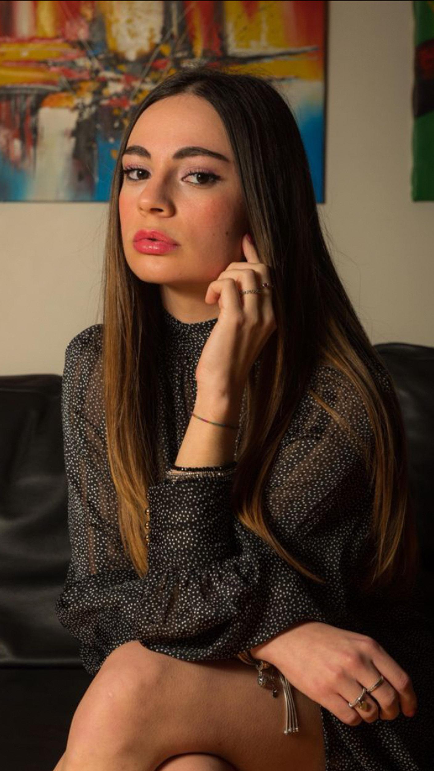 Categorie: Portrait, Glamour- Ph: VITO RAVO- Model: SHARON SAVINO - Location: Parma, PR, Italia