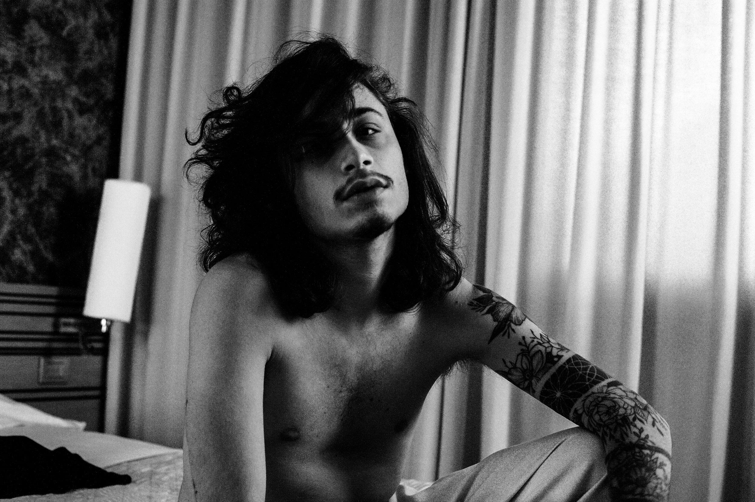 Categorie: Glamour, Portrait - Photographer: ALESSIO ZANELLI - Model: MATTEO BARBATO - Location: Savona, Italia