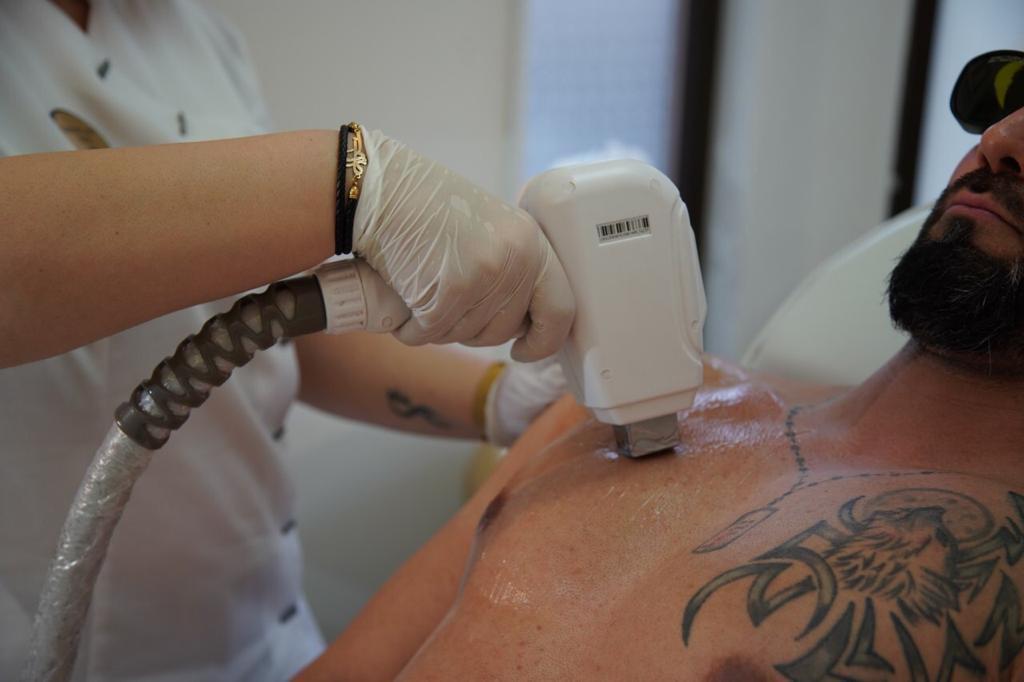 behandlingar-glamour-laser5