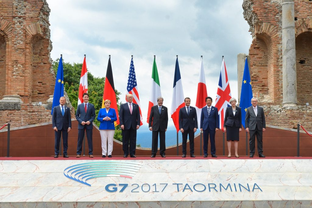 G7 leaders 26 May 2017. Foto: Italian G7 Presidency. Wikimedia Commons, CC BY 3.0