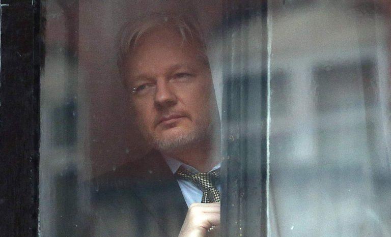 Hur går det för Julian Assange som tar fight i domstol?