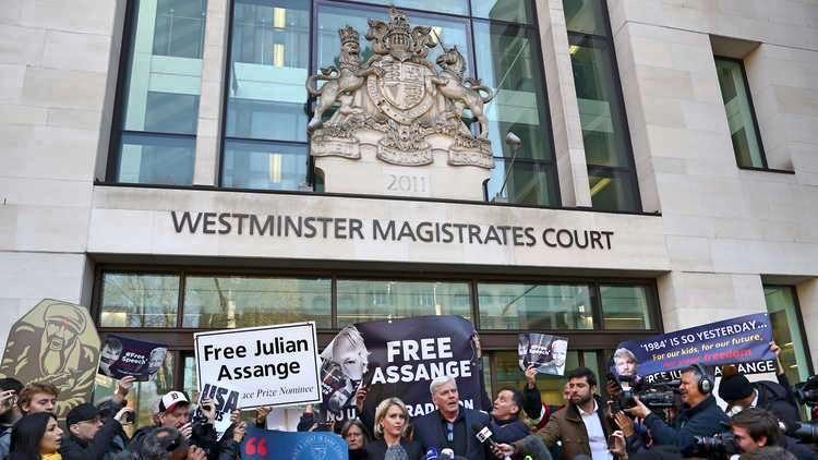 Varför uppsköt Storbritannien utlämnandet av Julian Assange till nästa år? Bestämmer regeringen? Av ordförande i Swedish Doctors for Human Rights.