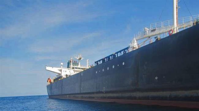 Sanktionsdrabbade Iran hjälper sanktions- och statskuppsdrabbade Venezuela mot USA:s vilja.