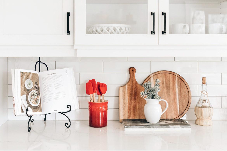Aufräumen für Faule: Küchenutensilien aussortieren