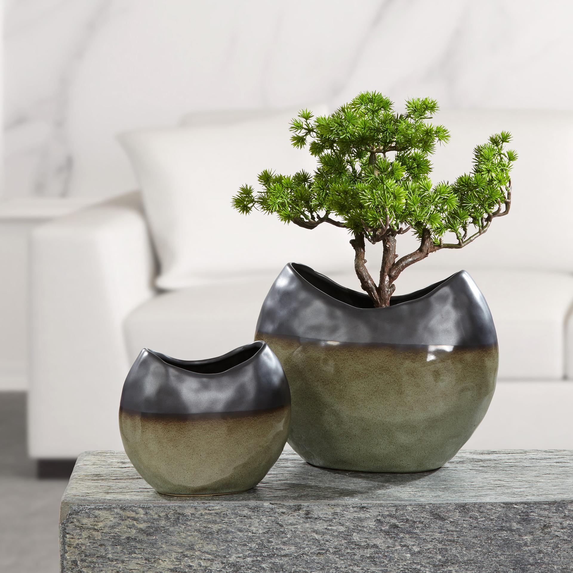 Admont - flache Vasen