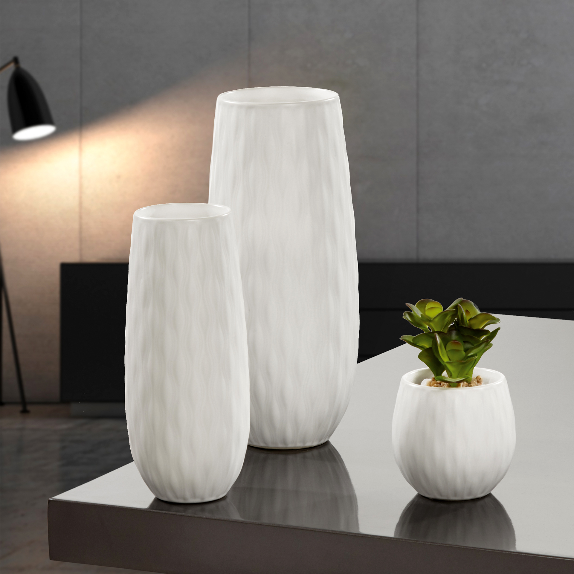 Merva - Vasen und Kübel in Weiß