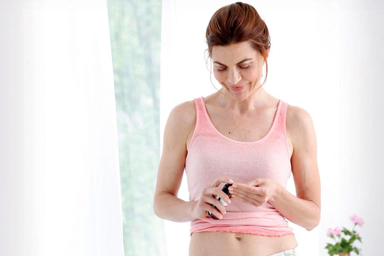Weiblich, achtsam, positiv: Aromatherapie begleitet Frauen durch alle Lebensphasen