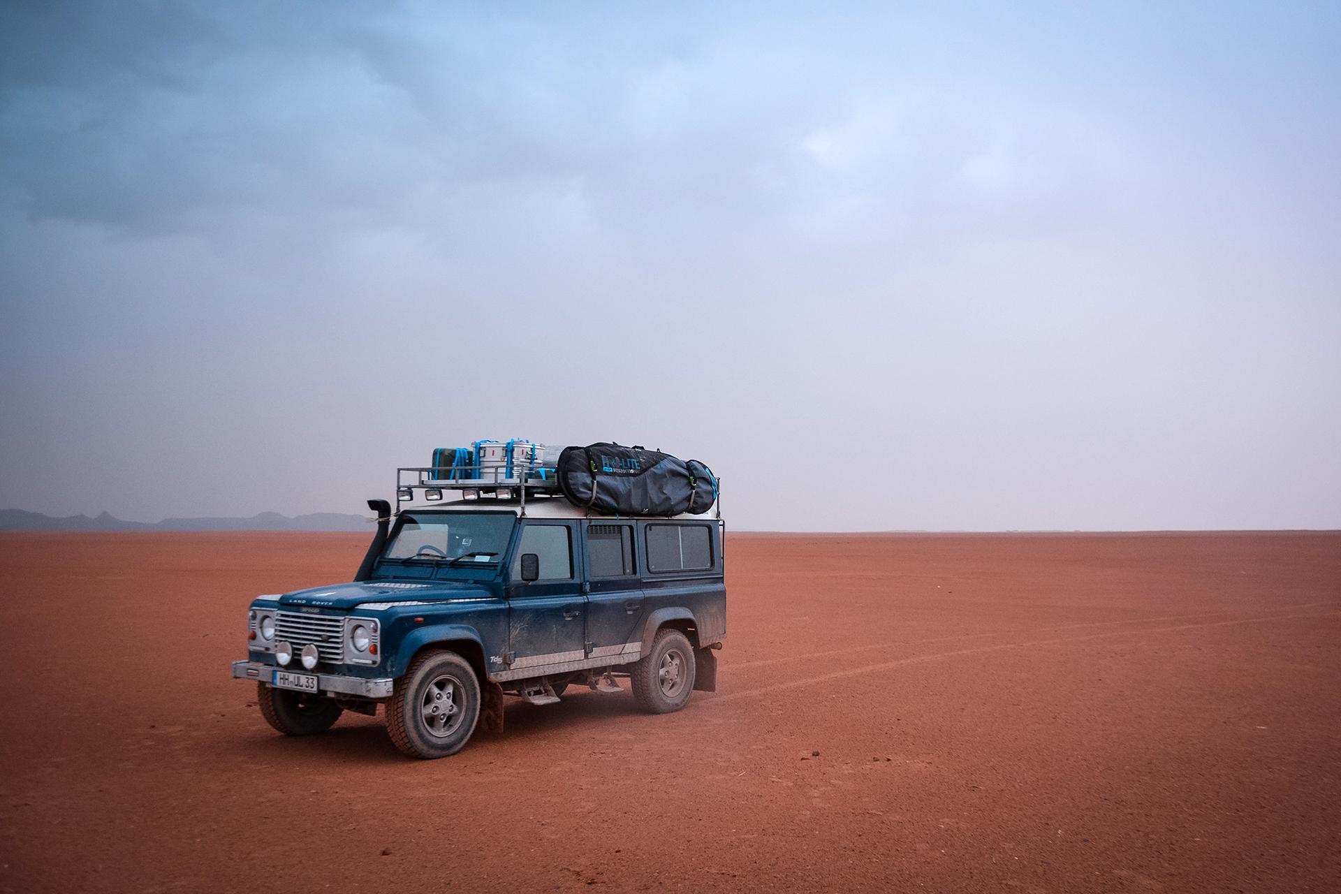 In den unendlichen Weiten der Sahara nahe Mhamid
