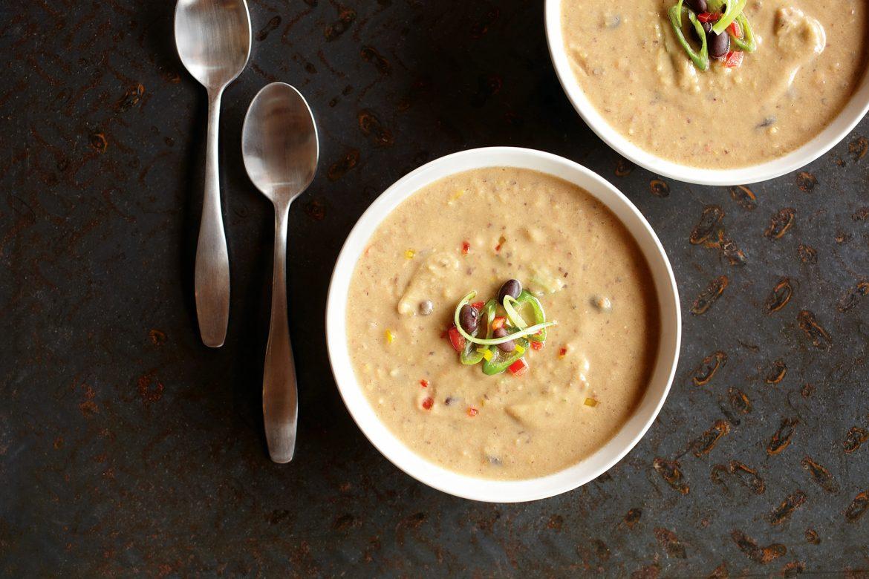Schwarze-Bohnen-Suppe