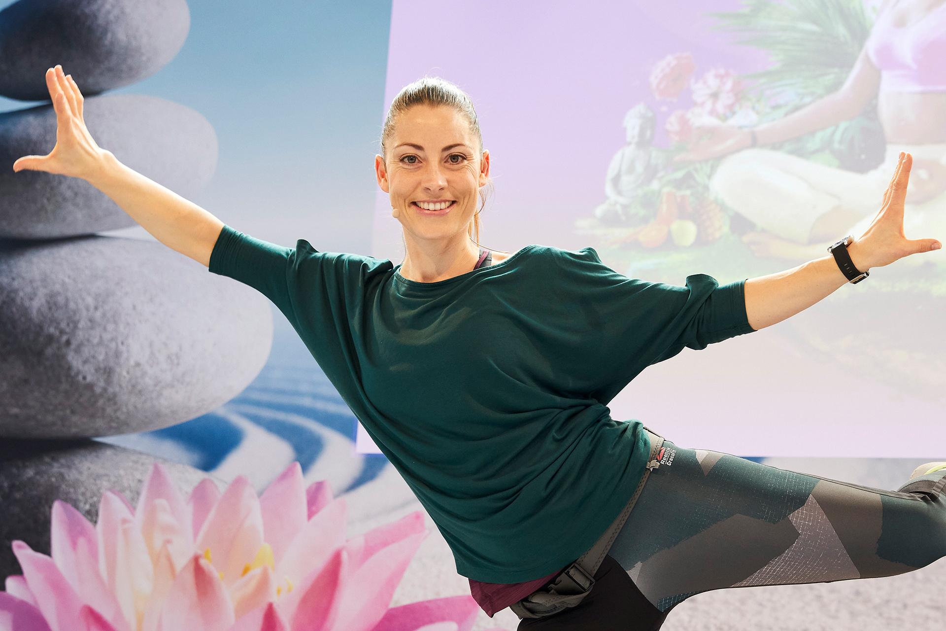 Johanna Fellner lud auf der Gesundheitsbühne zum Mitmachen ein