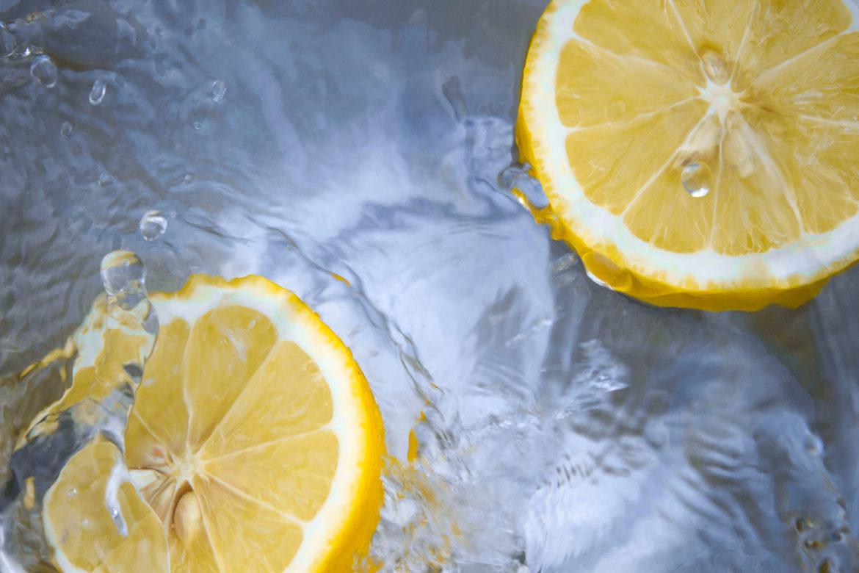 Grüner putzen: Zitronen-Essig-Reiniger