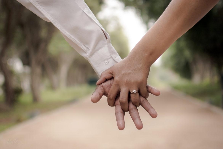 Rundum gepflegte Hände mit Herbacin kamille Handcreme