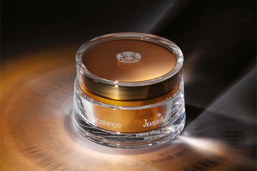 Special Edition zum 60. Jubiläum von JEAN D'ARCEL – Gewidmet dem Klassiker crème lifting confort aus dem Anti-Aging-Pflegesystem multibalance