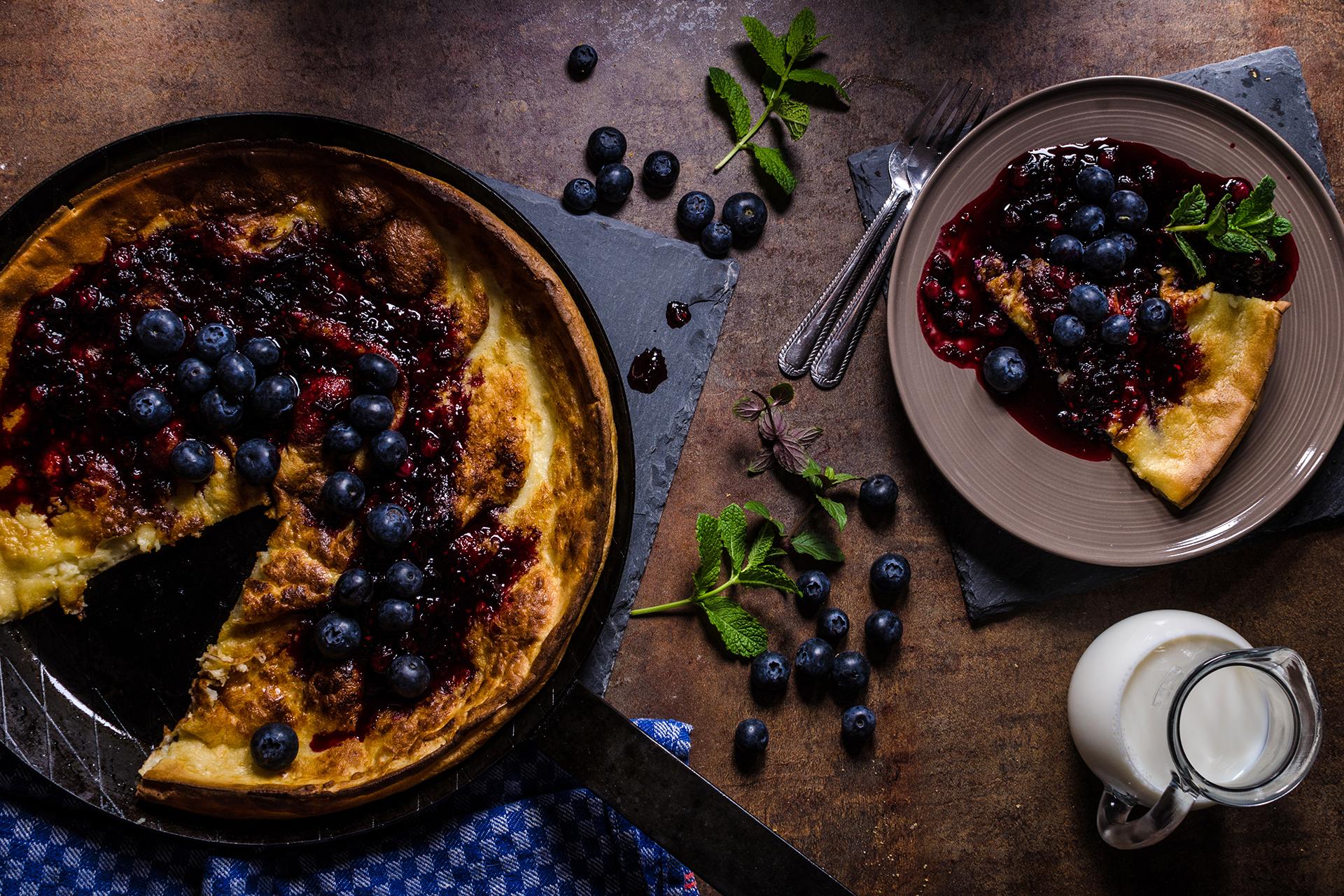 Der Blueberry Dutch Baby Pancake ist ein köstlicher Sattmacher