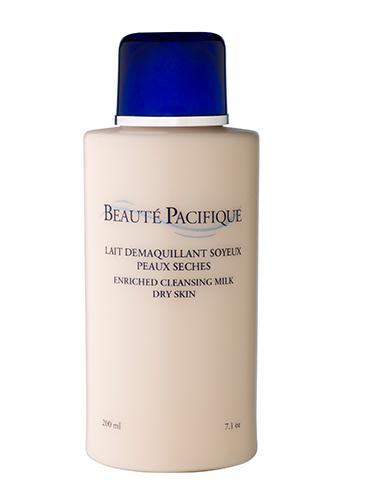 Reichhaltige Reinigungsmilch für trockene Hauttypen
