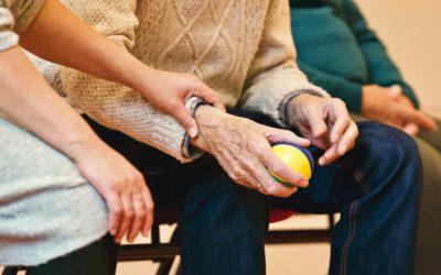 Vorming valpreventie 'Verzorgenden, zorgkundigen en poetshulp bij thuiswonende ouderen'.