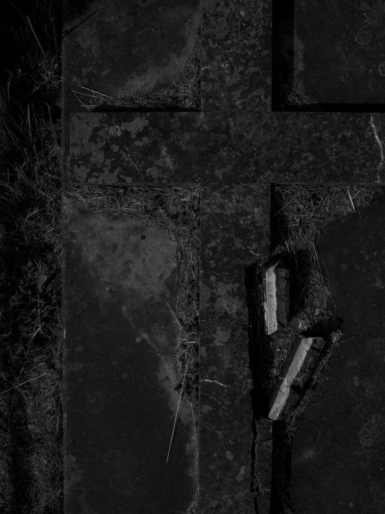 Gravestone Broken Cross