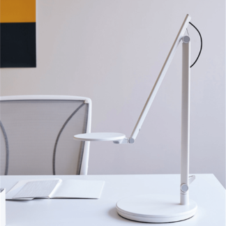 Humanscale-Nova-LED-Desk-Light-Arctic-White-1