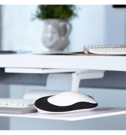 Humanscale-Switch-Mouse-for-Left-and-Right-handed-users-2