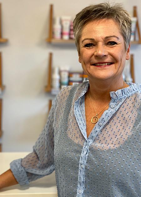 Pernille er frisør i Nordenskov hos Zazu