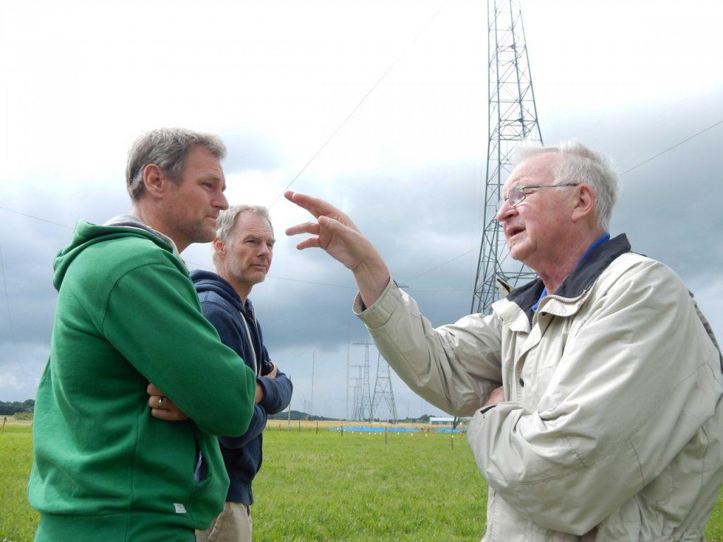 Ola Hernvall förklara hur antennsystemet fungerar_2 DSCN1808