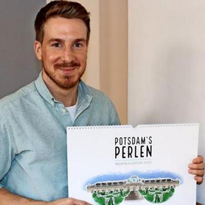 Marc Doebert mit Wandkalender Potsdam's Perlen 2020 in der Märkischen Allgemeinen Zeitung