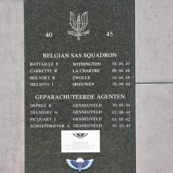 1729_Kortrijk_Monument SAS-SOE_Holvoet_800.jpg
