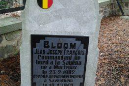 1877_2017-12-07_bloom_tombe_mortroux_3.jpg|1877_Bloom_FVH.jpg