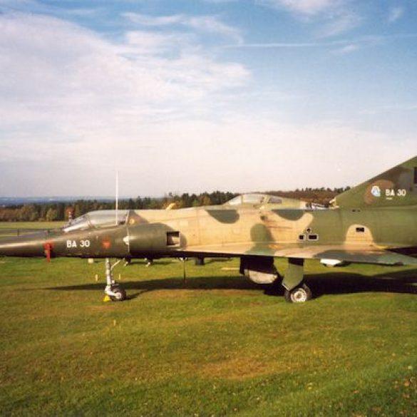 191 Spa Mirage WLabro.jpg|191 Spa Plaque_Spa060726 LHeyligen.jpg