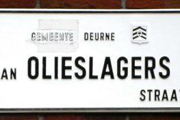 2036 Jan Olieslagers straatnaambord 1_800.jpg|2036 Jan Olieslagersstraat 2_800.jpg