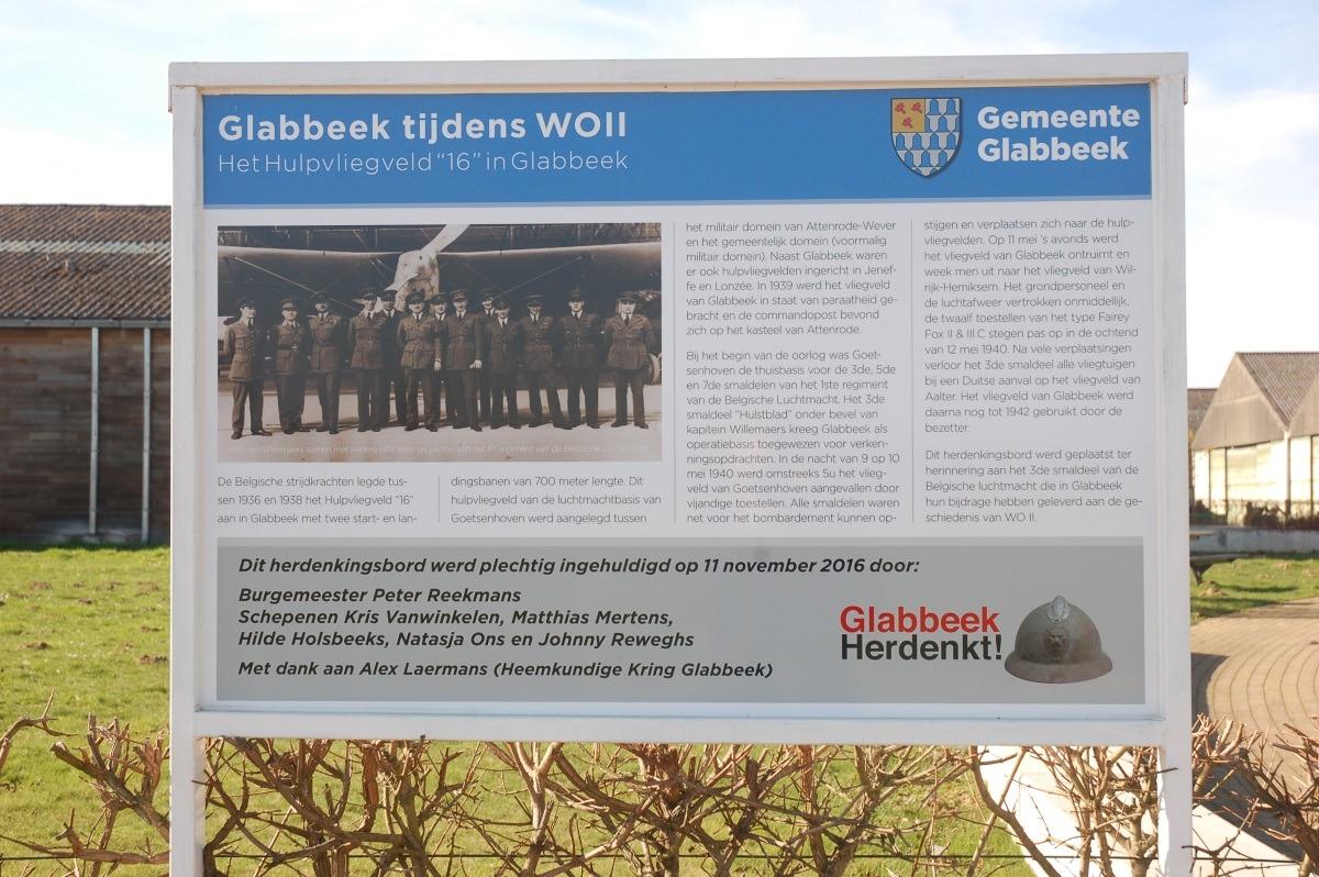 2086 Glabbeek vliegveld 1.JPG|2086 Glabbeek vliegveld 2.JPG|2086 Glabbeek vliegveld 4.JPG