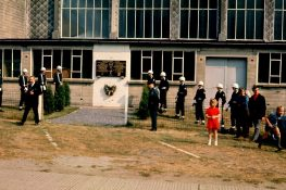 215_1974 Poolse herdenking St_Denijs 1 ( L Claeys).JPG|215_viaPietDhanesn.jpg|215 StDenijs Vliegtuigloods PVC.jpg|215 StDenijs Vliegtuigloods2 PVC.jpg