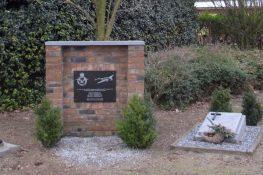 222 Linde monument JPJegers.jpg