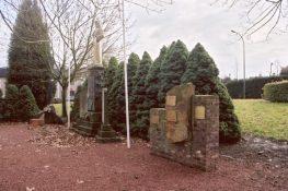 239 Munsterbilzen Monument overzicht FVH.jpg 239 Munsterbilzen Monument FVH.jpg 239 Munsterbilzen Monument detail FVH.jpg