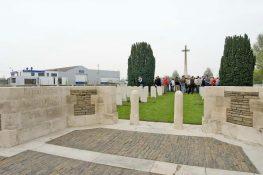273 Harelbeke begraafplaats PVC.jpg|273 Harelbeke Begraafplaats2 PVC.jpg|273_CURTIS_RL.jpg
