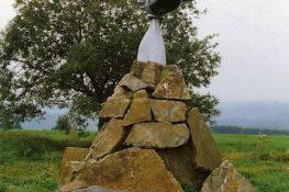 28 Be¦ürismenil2 monument LVanoverbeke.jpg