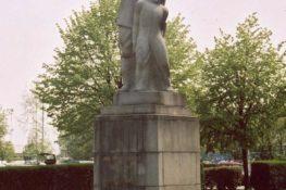 361 Deurne Standbeeld FVH.jpg